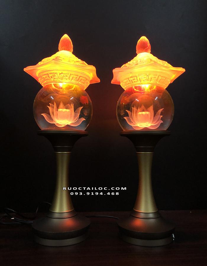 đèn thân đồng nắp lưu ly liên hoa đẹp nhất