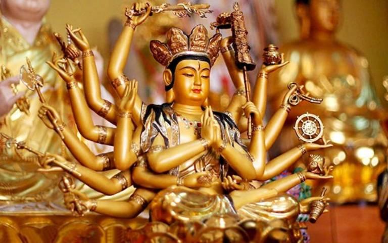 Phật Mẫu Chuẩn Đề là vị Bồ tát hay tế độ, hộ mệnh giúp chúng sinh ngộ giải Phật quả