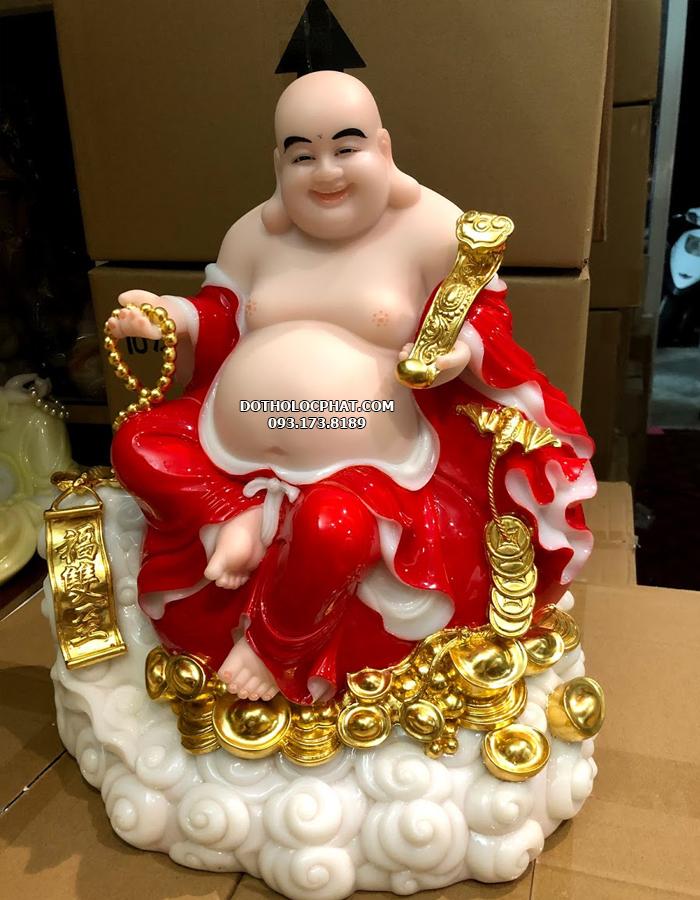 Tượng Phật Di Lặc Bồ tát đỏ ngồi đứng