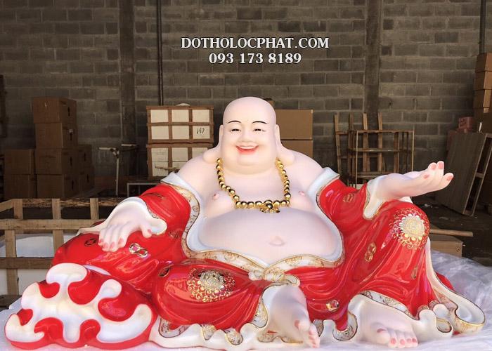 Mẫu tượng Phật Di Lặc áo đỏ viền vàng