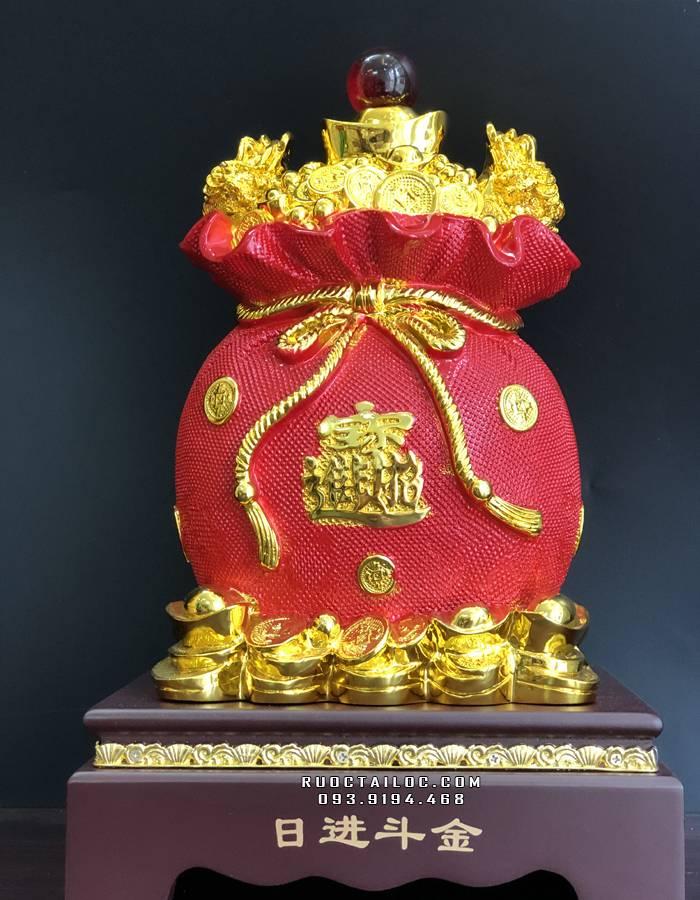 Túi vàng kim bảo cũng là một trong những món quà tặng khai trương phát tài phát lộc được nhiều người yêu thích